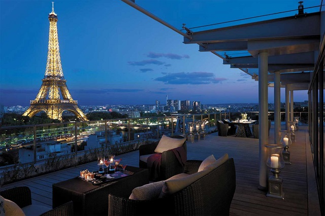 Paris Hotel and the Eiffel Tower